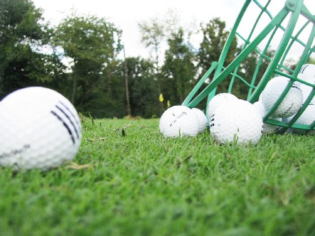 ゴルフのマメ知識。練習場のボールは全然違うことが多い!