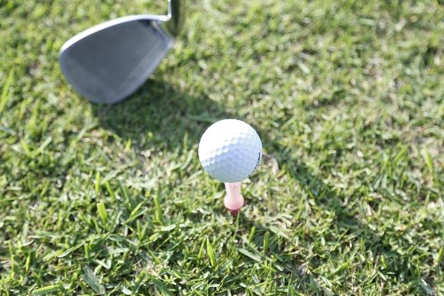 【ゴルフ上達】アイアンの打ち方はウッドと変える必要ある?