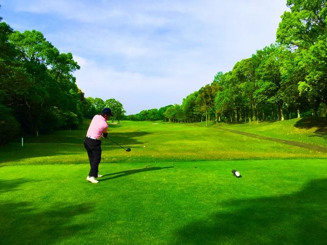 【ゴルフ上達】左腕のリードの重要性の解説と2つの練習法