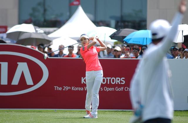 プロゴルファーのドライバーの長さが知りたい。男子女子別。
