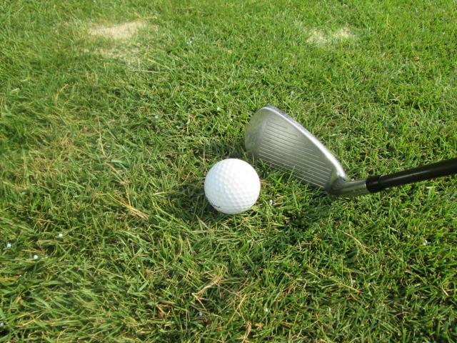 【ゴルフ上達】ロングアイアンはハンドファーストにすべき?