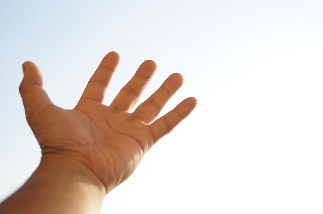 ゴルフでは手首を柔らかく使うべきなのか、否か。どっち?