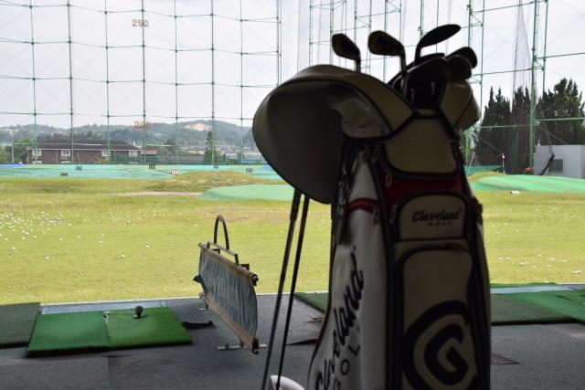 打ちっ放しに初めて行くときゴルフ用の格好をしなきゃダメ?