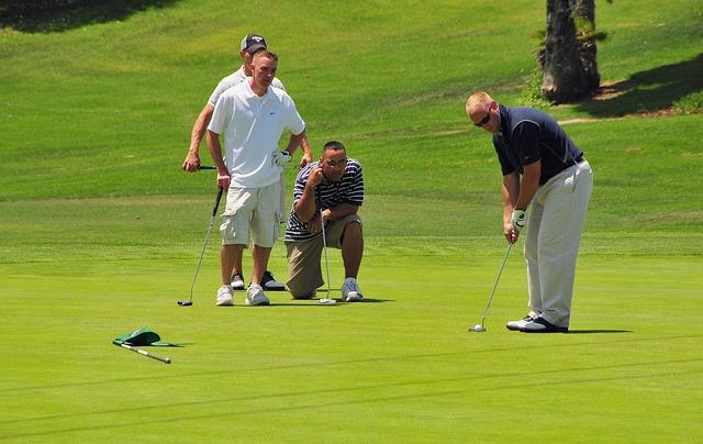 ビギナーはyoutubeでゴルフのパターの打ち方を見てみよう!