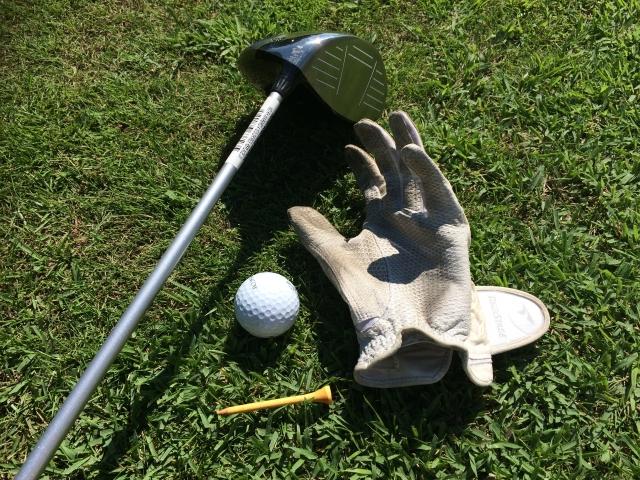 初級者必見!ゴルフクラブのシャフトのシールは剥がすものか