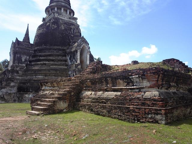 タイでのゴルフブログで旅行の事前チェックとタイ友作り