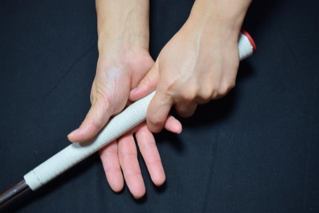 もう一度基本を見直そう!ゴルフには左手の薬指は大切です!