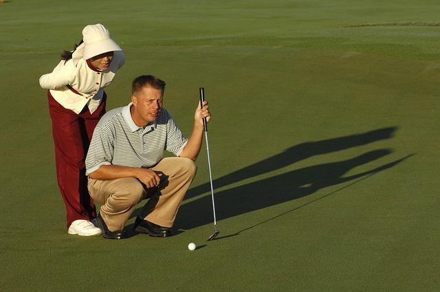 噂で聞くタイのゴルフ場に存在する19番ホールとはいったい?