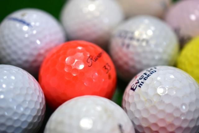 初心者はたくさん無くすゴルフボールを格安で手に入れたい