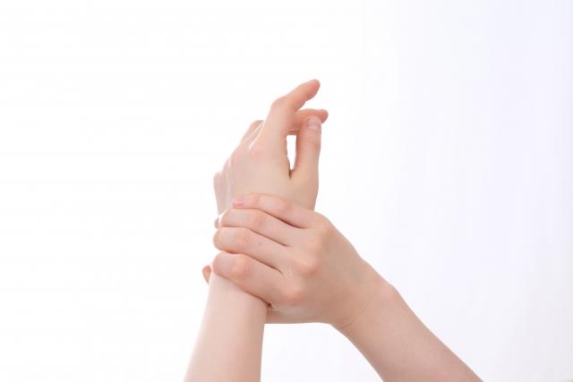 ゴルフで飛距離を伸ばす!手首を柔らかくして振る方法ある?