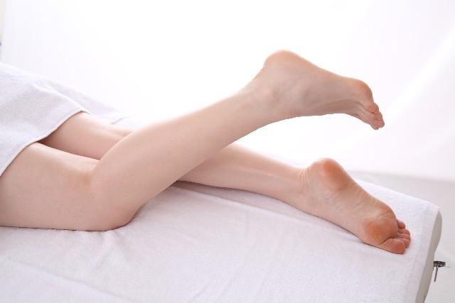 力を入れてないのに足の筋肉が硬いのはダメ!その理由は?