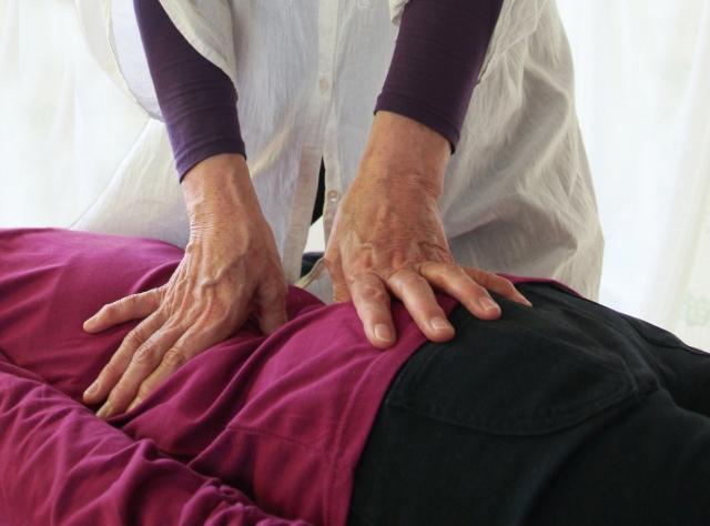 軸崩れの原因!脚の長さが違う!骨盤矯正や整体で効果ある?