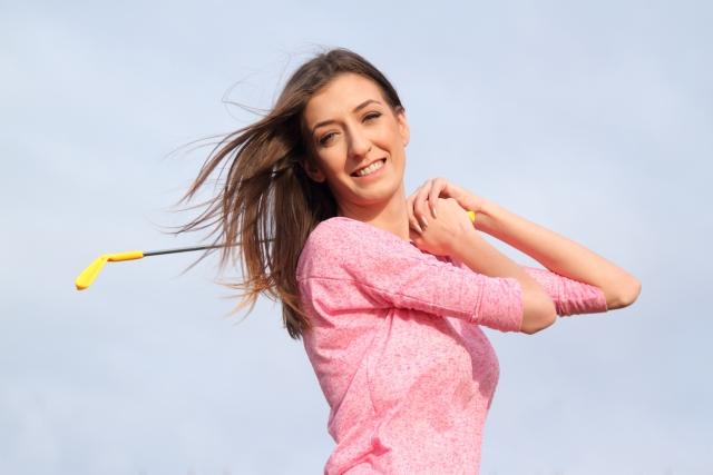 アイアンはスイングスピードより精度!女性ゴルファー必見!