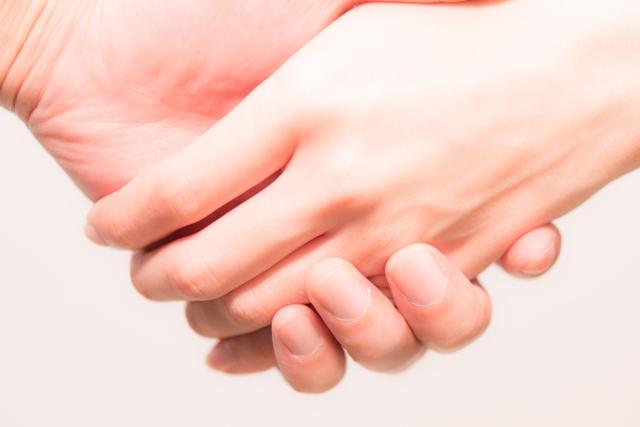 指が痛い!特に第二関節が患部であればグリップ修正が必要?