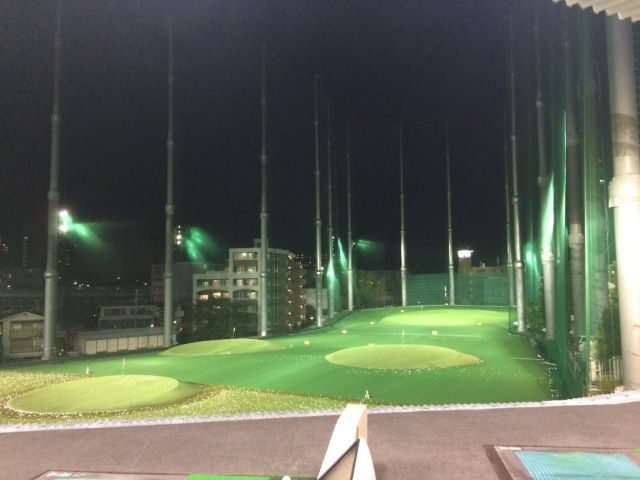 都内で練習できるのはゴルフ場の打ちっぱなしだけではない!