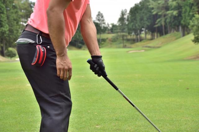 左手の薬指がしびれる理由とゴルフとの因果関係を確認する