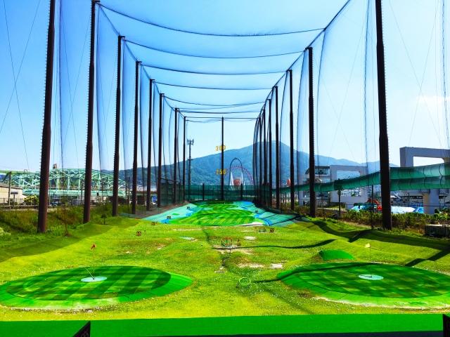 飛距離の目安となるクラブとゴルフコースの数値について