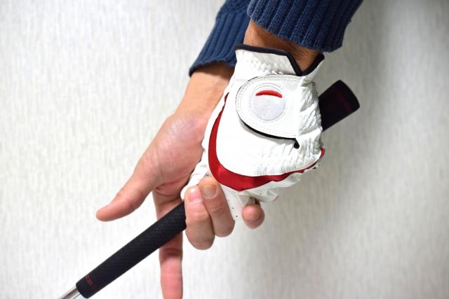 ゴルフグリップを握る力は徐々に強くするのが正しい握り方