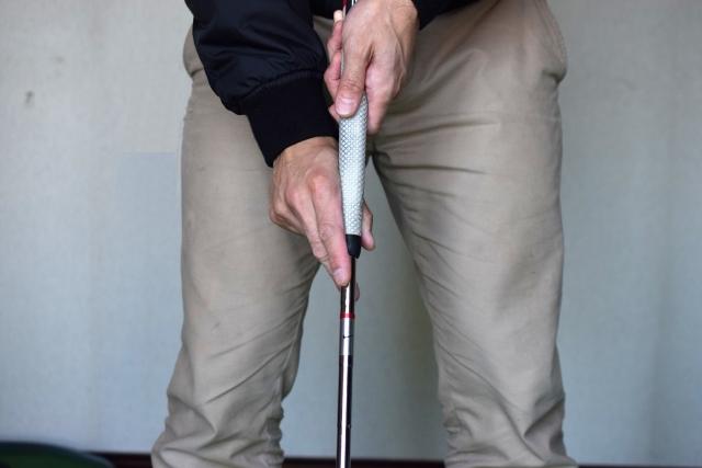 ゴルフで最大の悩みイップスを助けた長尺パターの今