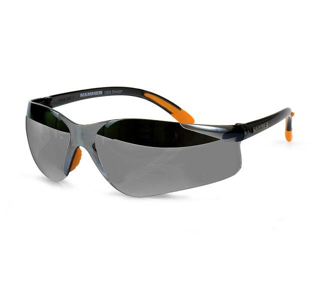 スポーツサングラスを使うとゴルフのスコアはアップする?