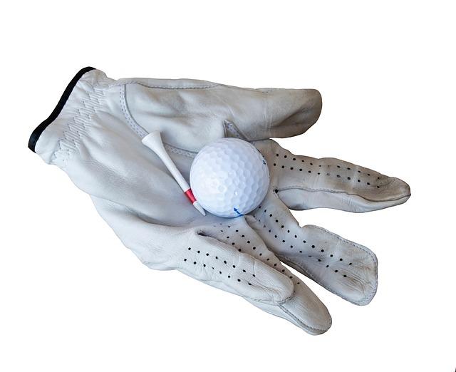 雨の日でも滑らないゴルフ手袋と滑らないための工夫