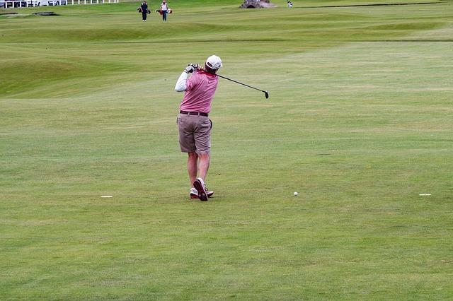 ゴルフスイングを見直してスライスの原因と対策を見つけよう