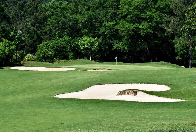 ゴルフでプレッシャーの掛かるバンカー越えアプローチ攻略法