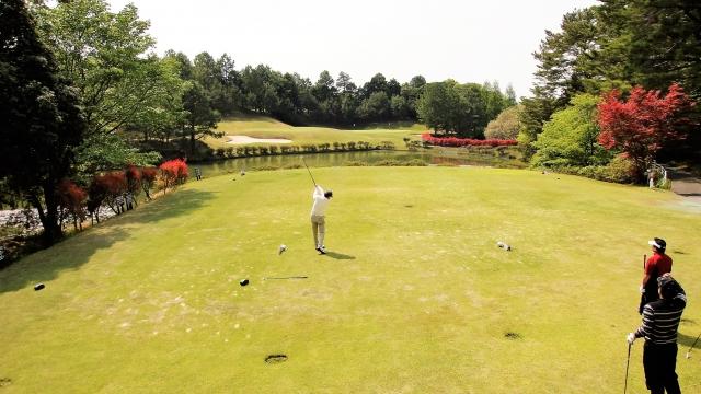 ゴルフ競技で使用するスコアカードの注意点とアテストの準備