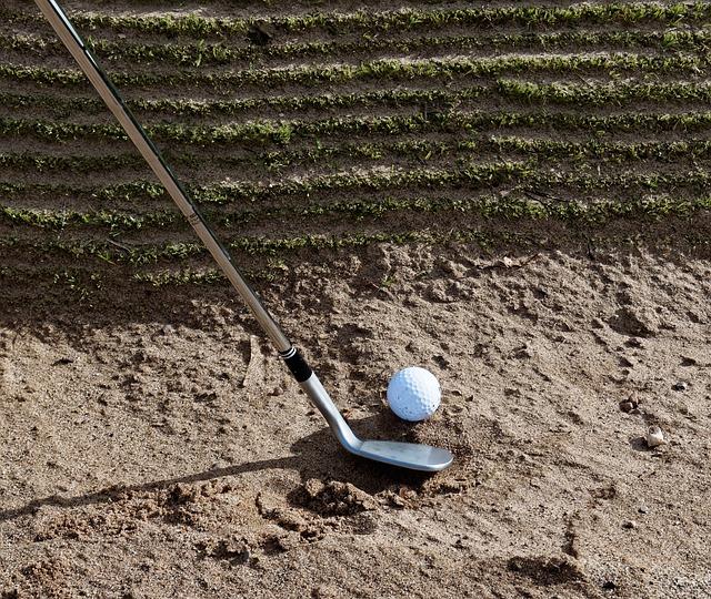 ゴルフ場のどんなバンカーでも克服できるアドレスの取り方