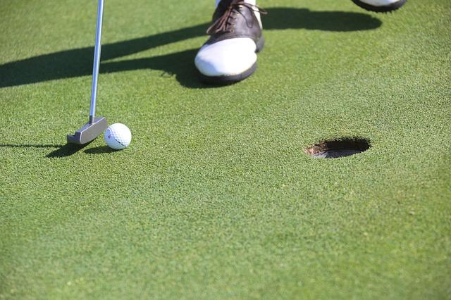 ゴルフ初心者向けのスコアカードの付け方とチェックの仕方