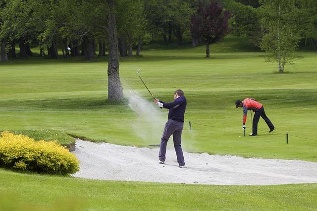 ゴルフのバンカーショットを攻略するにはスタンスが基本