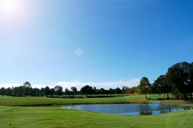 ゴルフのスコア記入ミスを防げる池ポチャのカウント方法