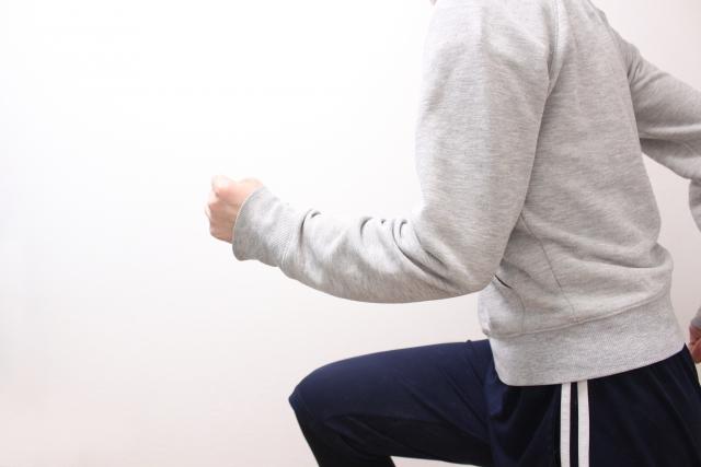 【疑問】ゴルフ練習場ではジャージを着て練習しても大丈夫?