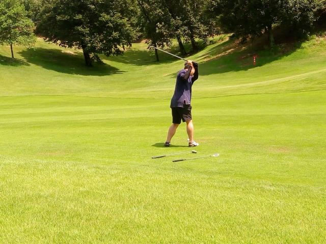 ゴルフスイングの捻転しすぎは百害あって一利なし!