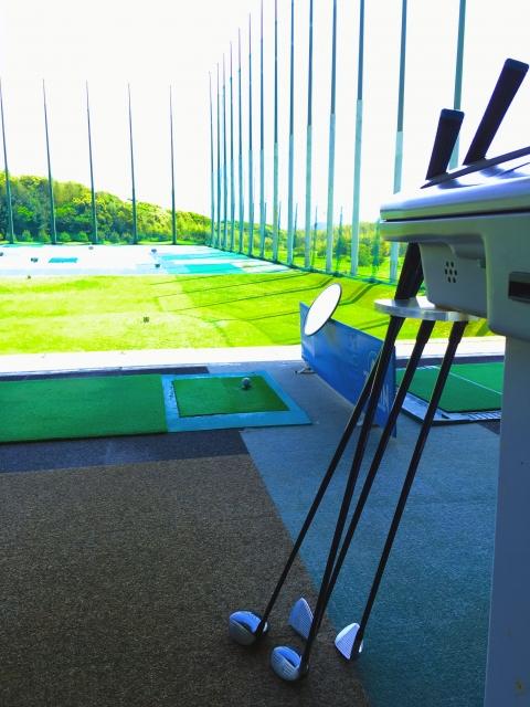ゴルフスイングで7番ウッドの飛距離を調節しない方法とは?