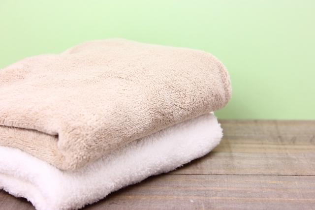 ゴルフスイングで脇を締める!タオルを使った簡単練習方法