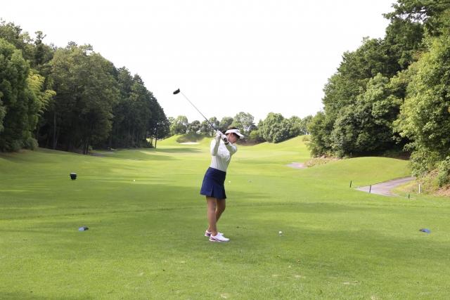 ゴルフスイングはコックをしないほうがスコアアップする