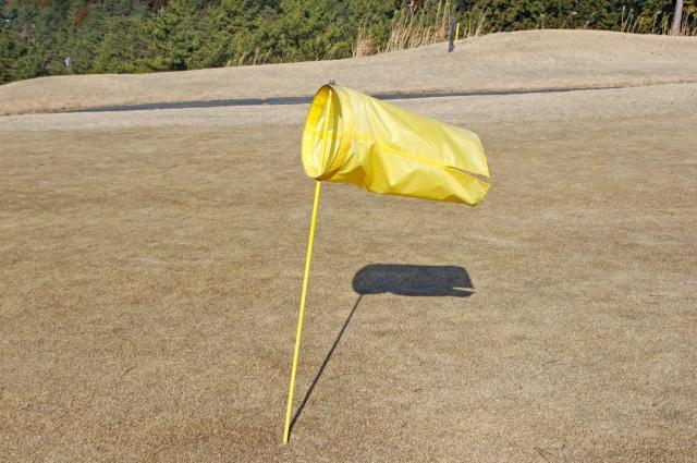 風速5M/Sがゴルフに与える影響と風の読み方、その対策とは
