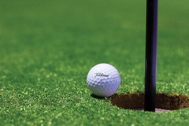 プロゴルファーになる為のプロテストとQTの関係について