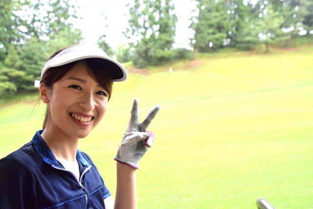 ゴルフ場での服装マナー。女性にオススメはコーデはこちら!