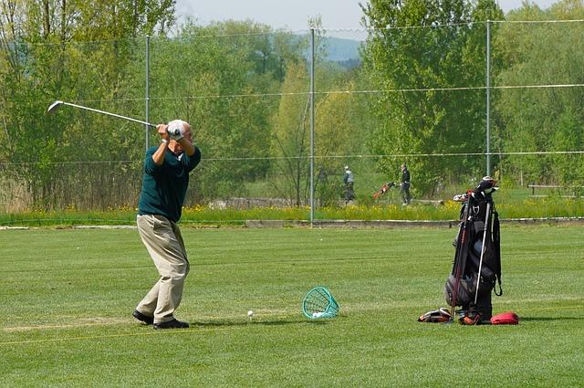プロゴルフ選手はトップを高くしてるけれどアマも高くする?