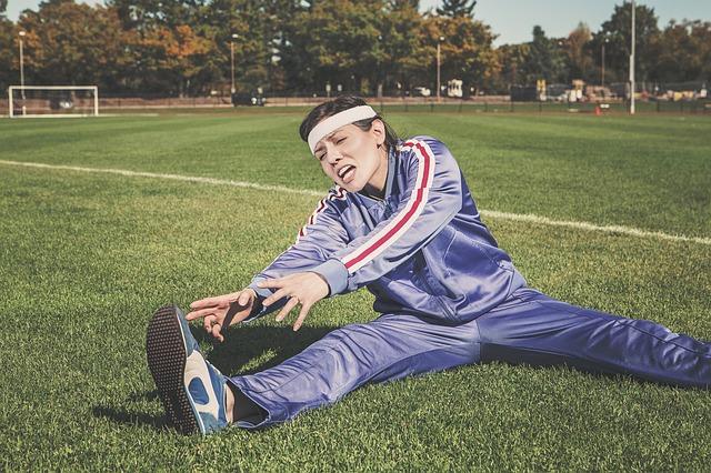 ゴルフスイングが捻転不足なのは股関節が固い事に原因がある